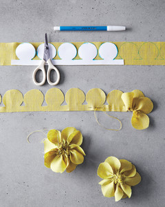 corsages-how-to-029-md110947_vert