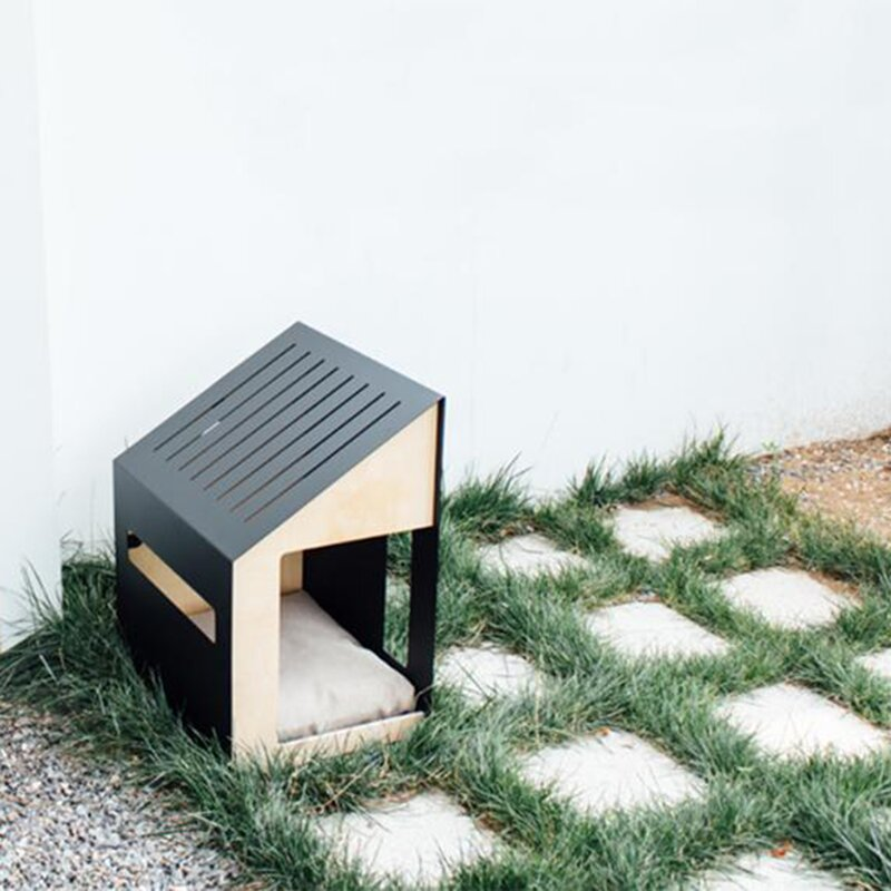 Air-Filtered Dog House