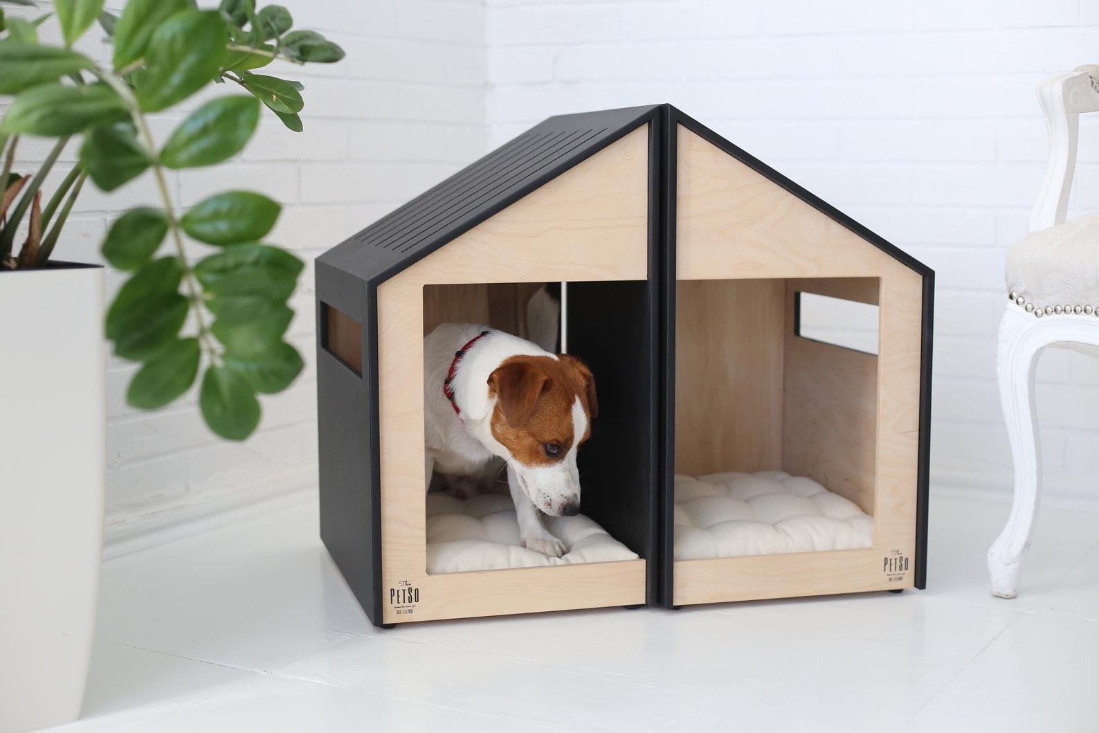 dog house with dual partition