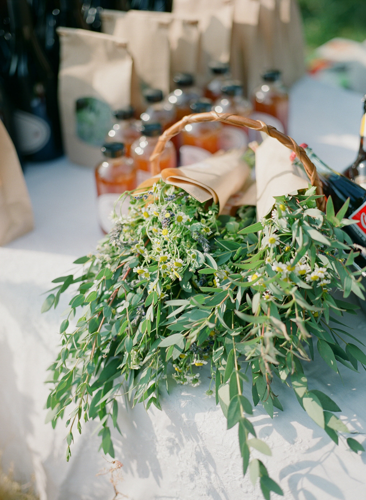 greenery and bottles wedding favors