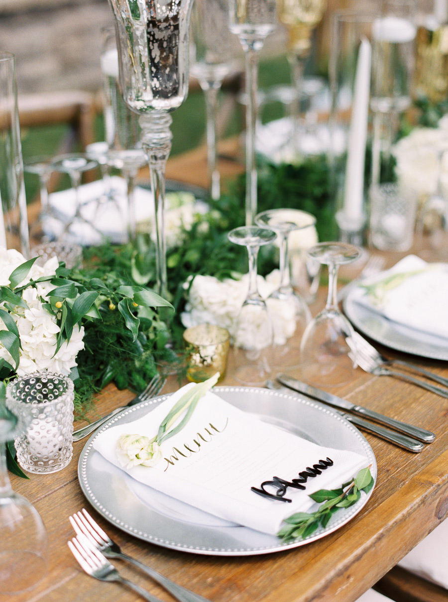 place settings silver plates