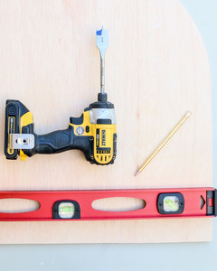 power drill and level