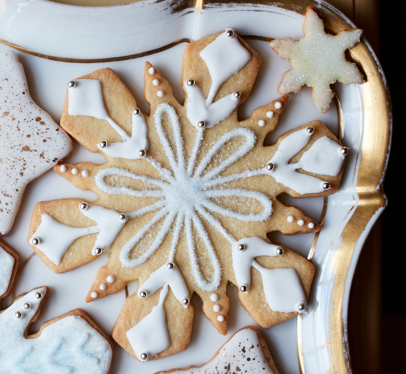 extra-large piped snowflake cookies