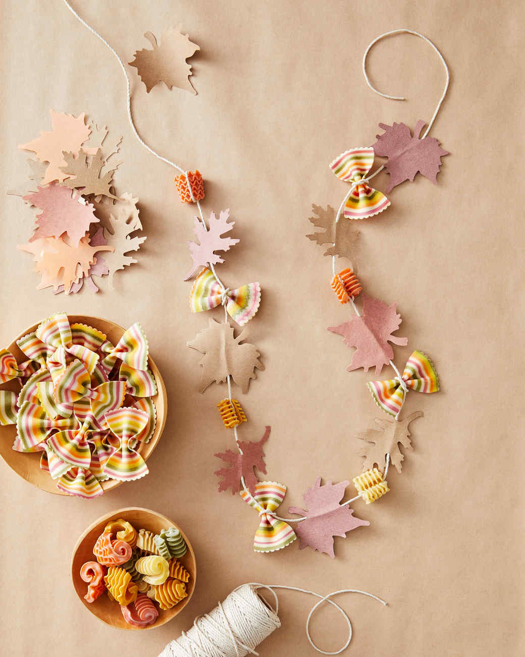 leaf leis thanksgiving craft