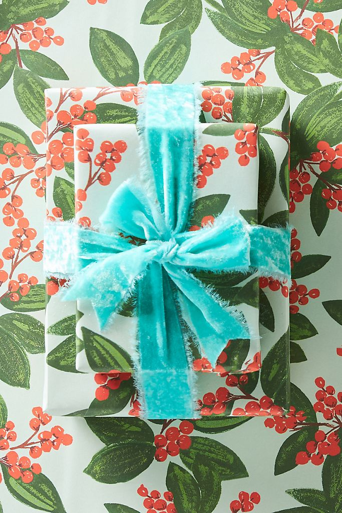 winterberry wrapping paper