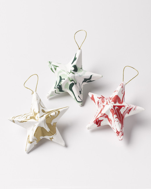 holiday project marbled ornaments