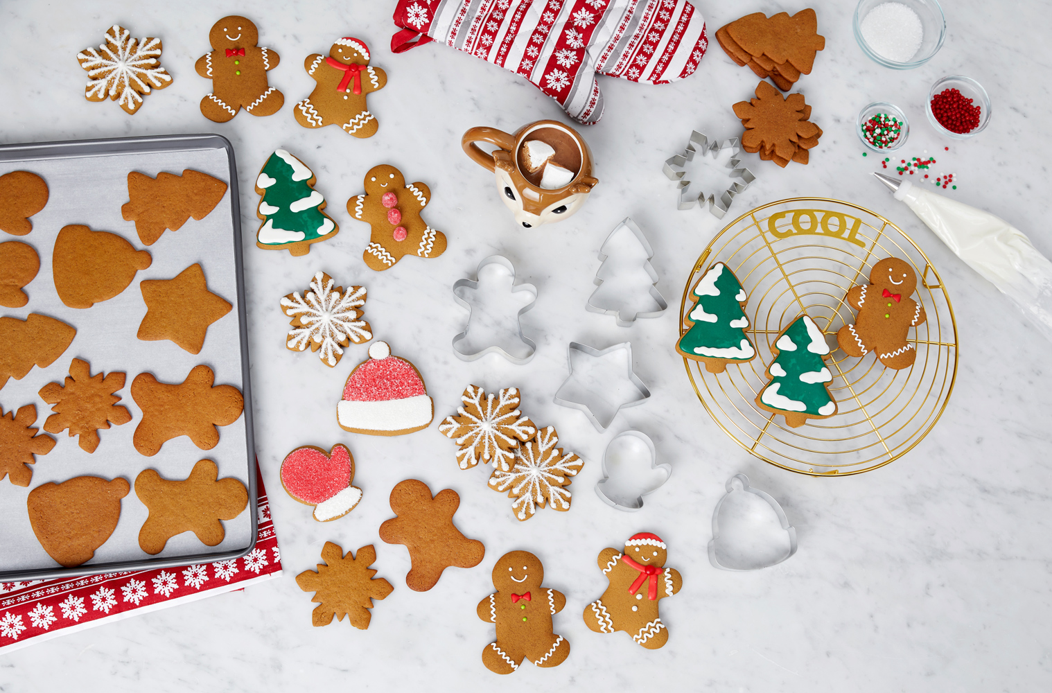 martha stewart collection half sheet baking pan with 6 cookie cutters