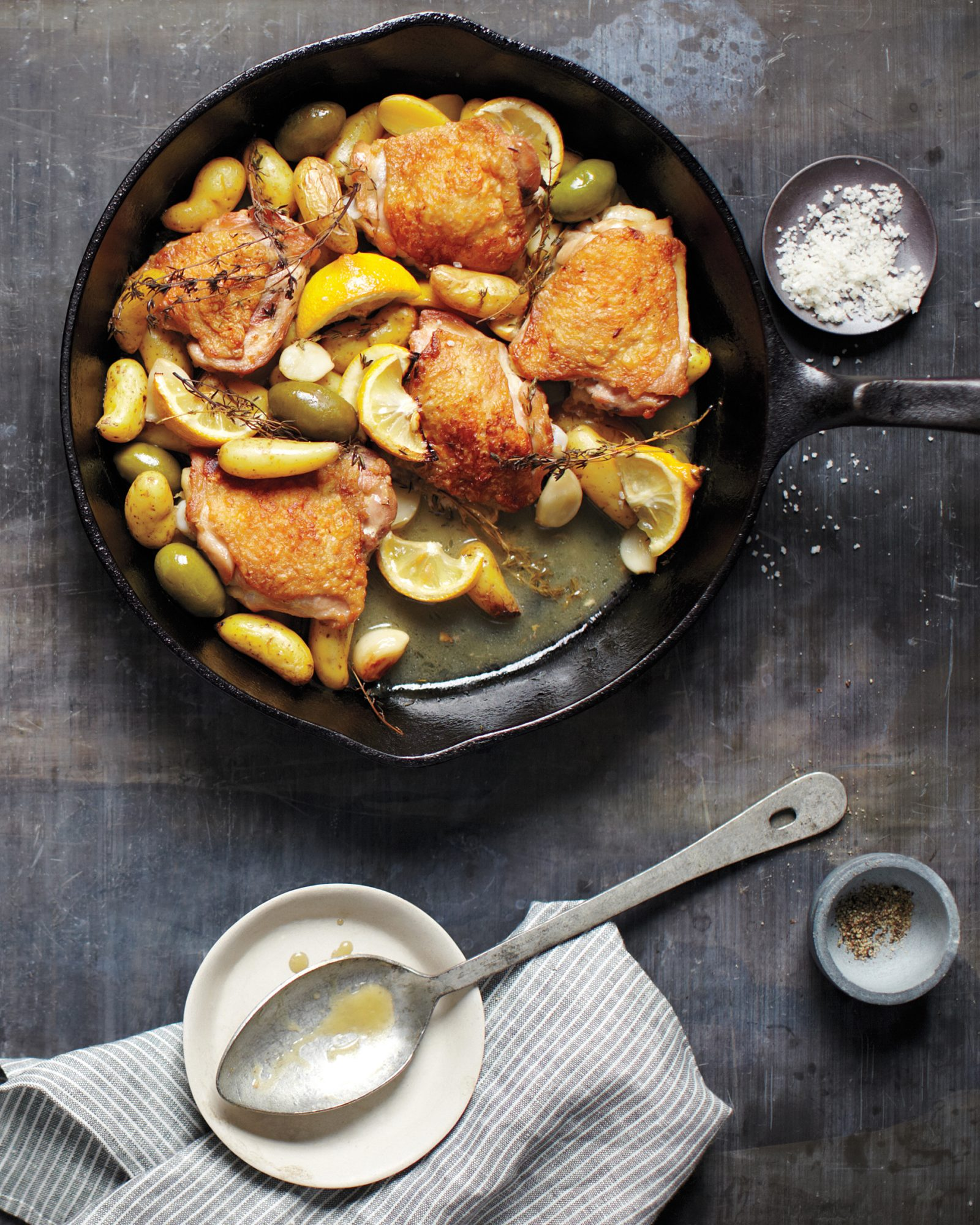 Skillet Chicken with Potatoes and Olives