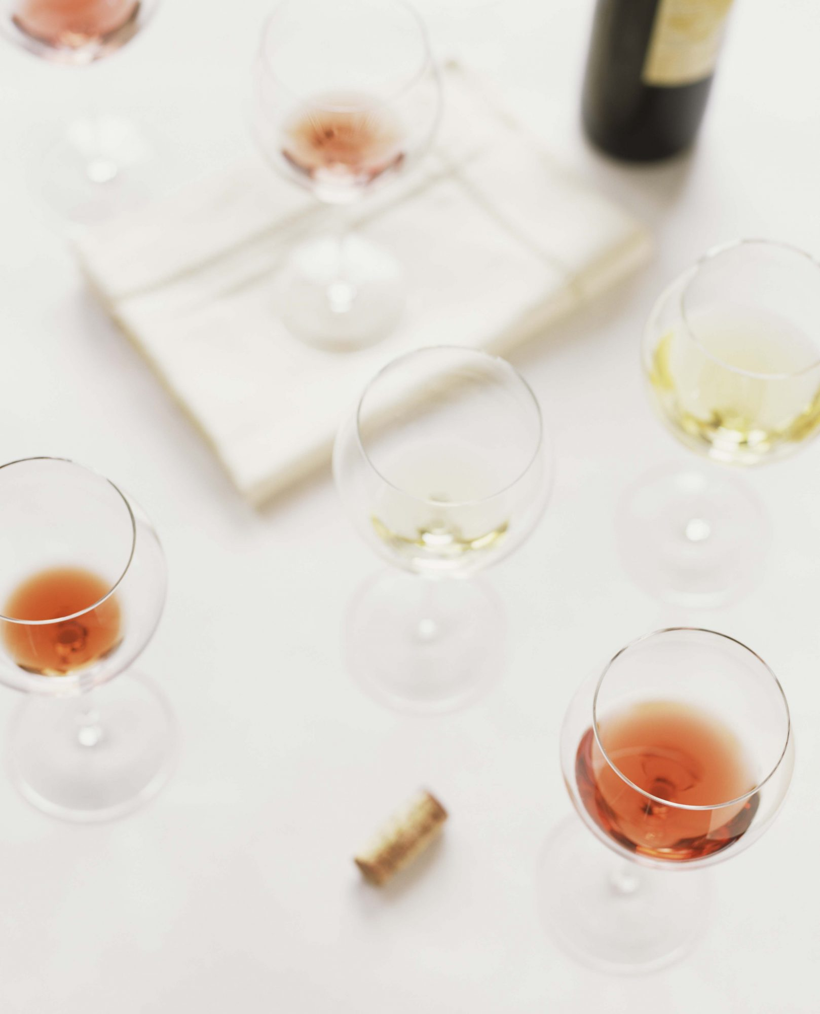 wine glasses with red and white wine for a wine tasting