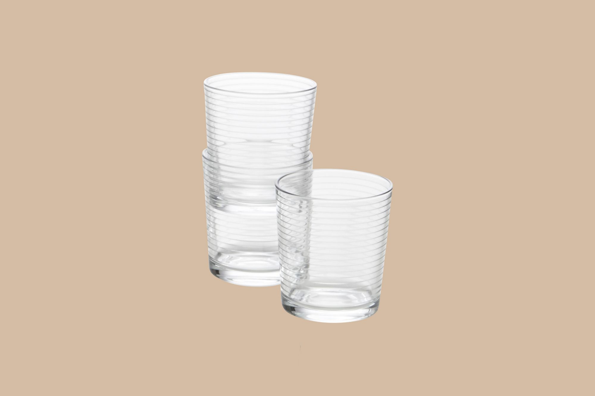 short clear drinking glasses