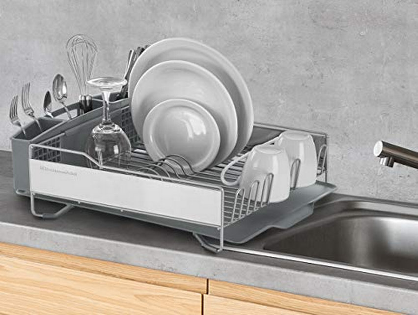 dish drainer with stainless steel panels