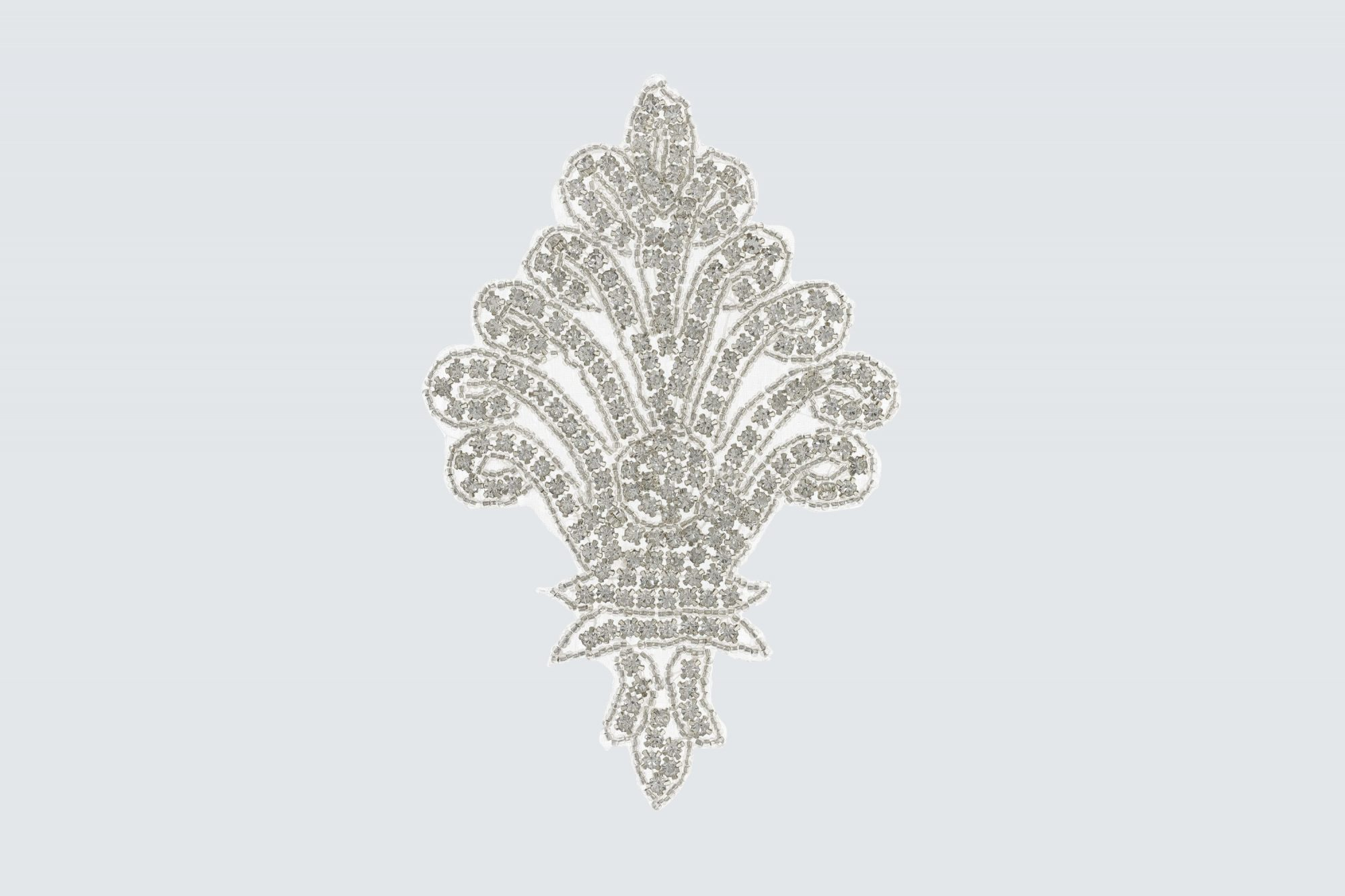 daytona trim clear crystal rhinestones with silver beads applique patch