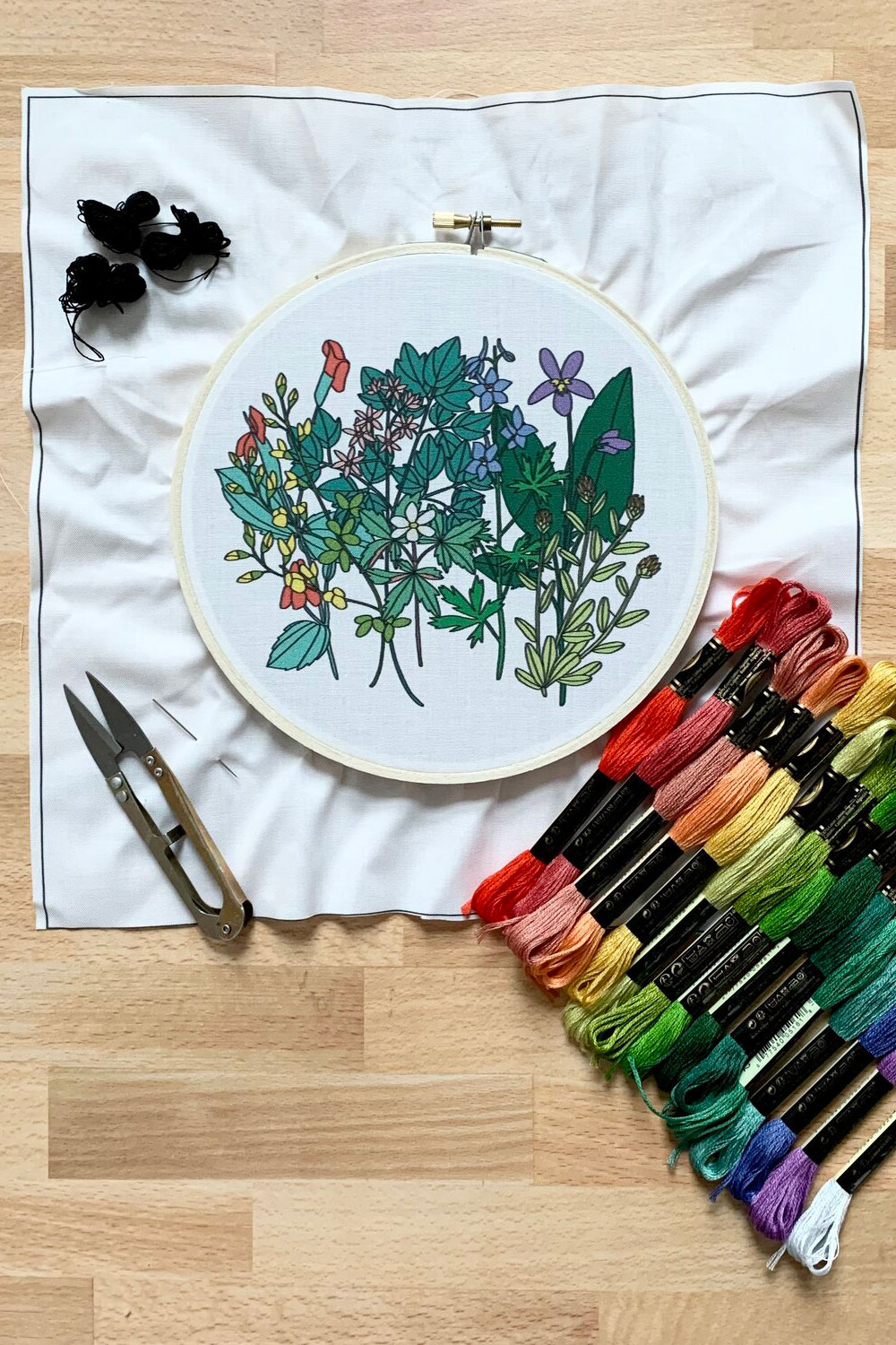 ADVANCED WILDFLOWERS D.I.Y. EMBROIDERY KIT