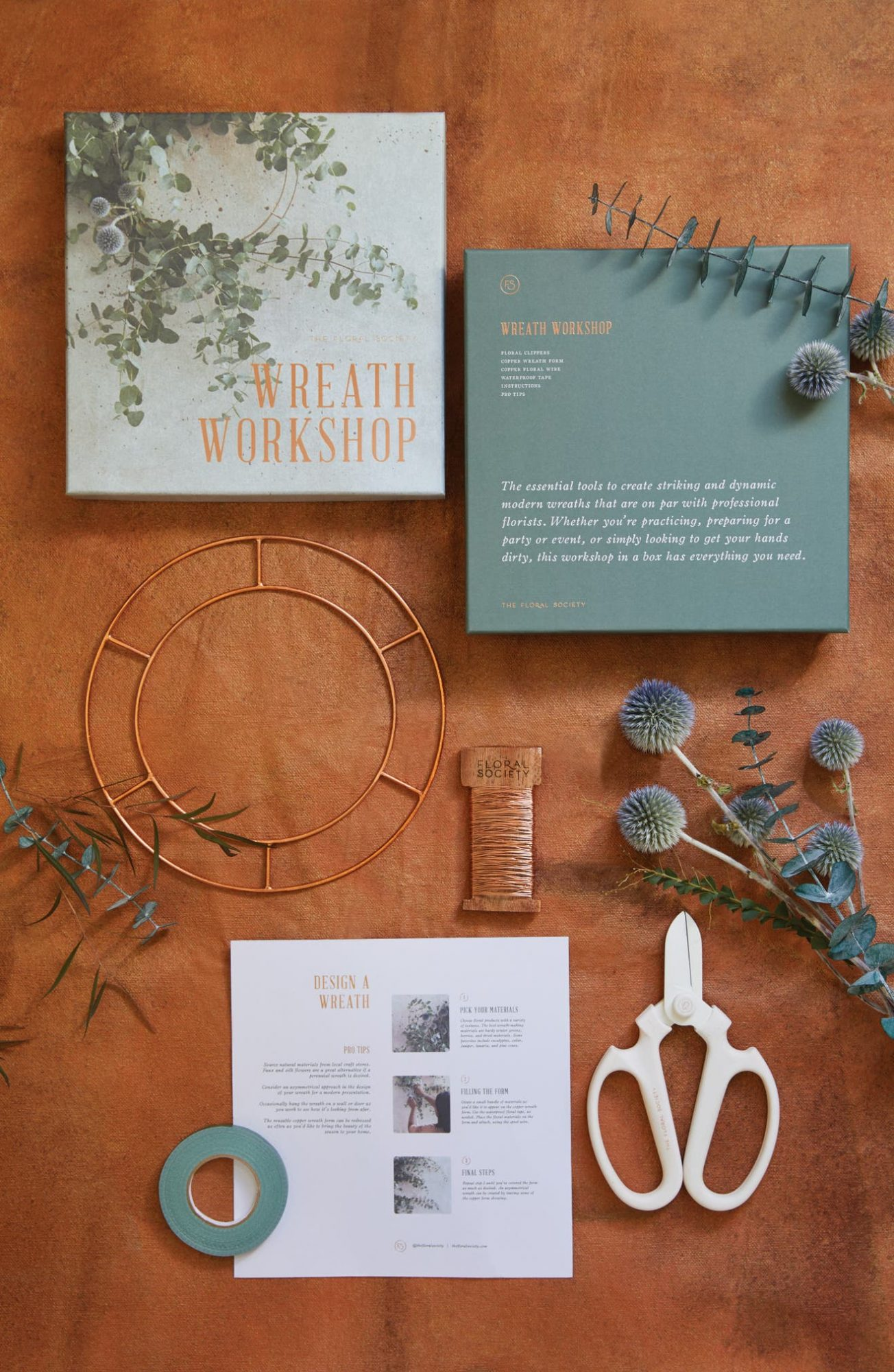 the floral society wreath making kit