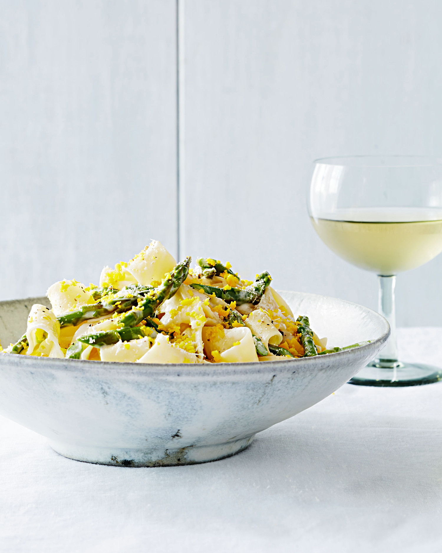 Egg Noodles with Asparagus and Grated Egg Yolks
