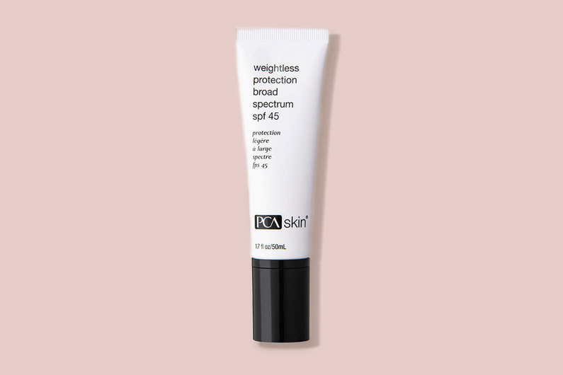 PCA Skin Weightless Protection Broad Spectrium SPF 45 tube