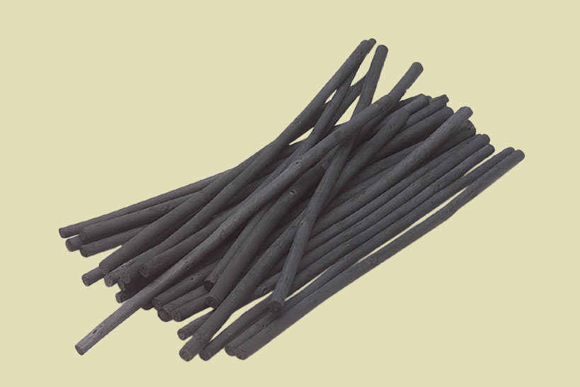 Coates Premium Artist's Willow Charcoal in Assorted Sizes