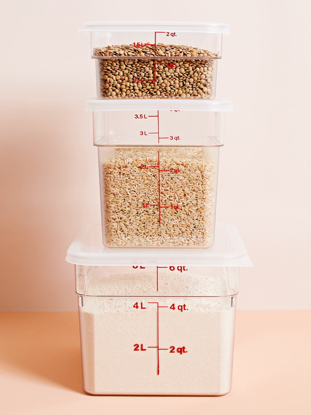 sturdy cambro stackable food storage containers