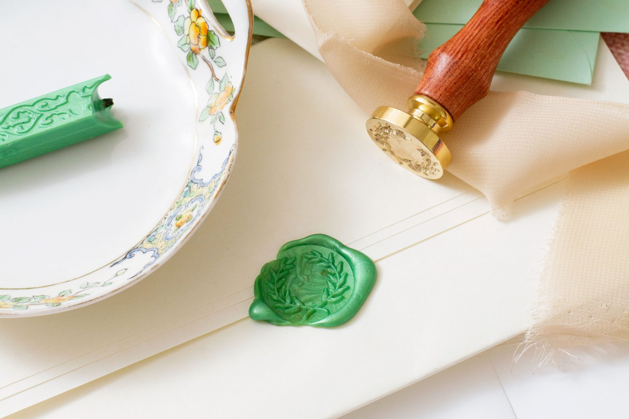 personalized wax seal with wood handle