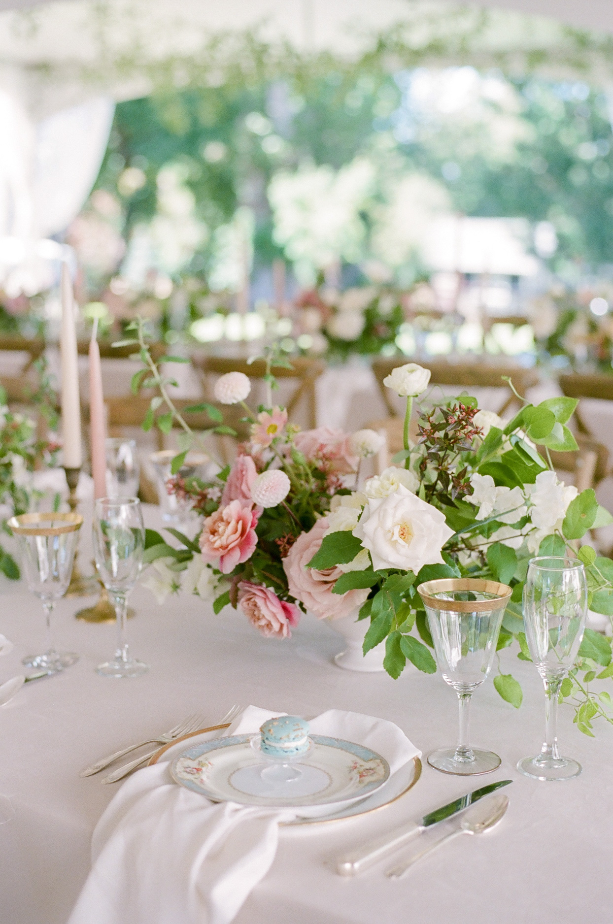 white and pink floral reception table centerpieces