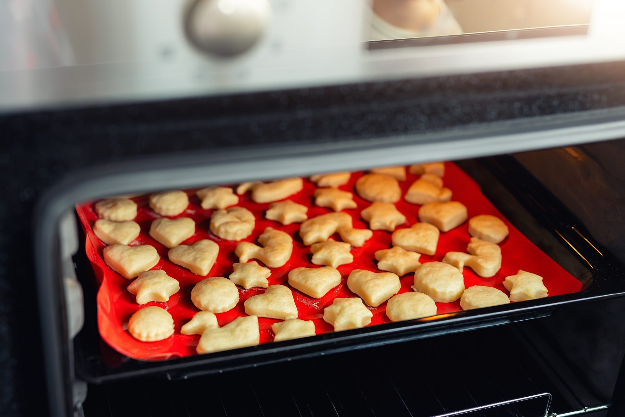 silicone baking mat in oven