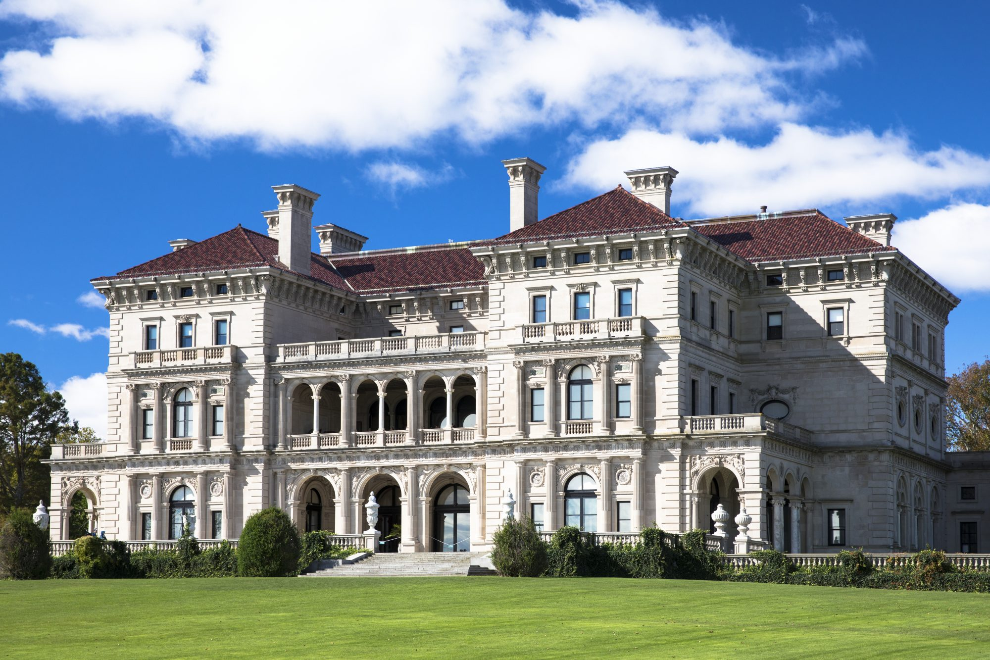 the breakers mansion newport