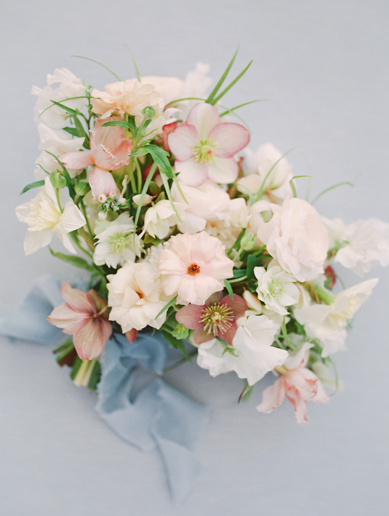 white and pastel pink wedding bouquet