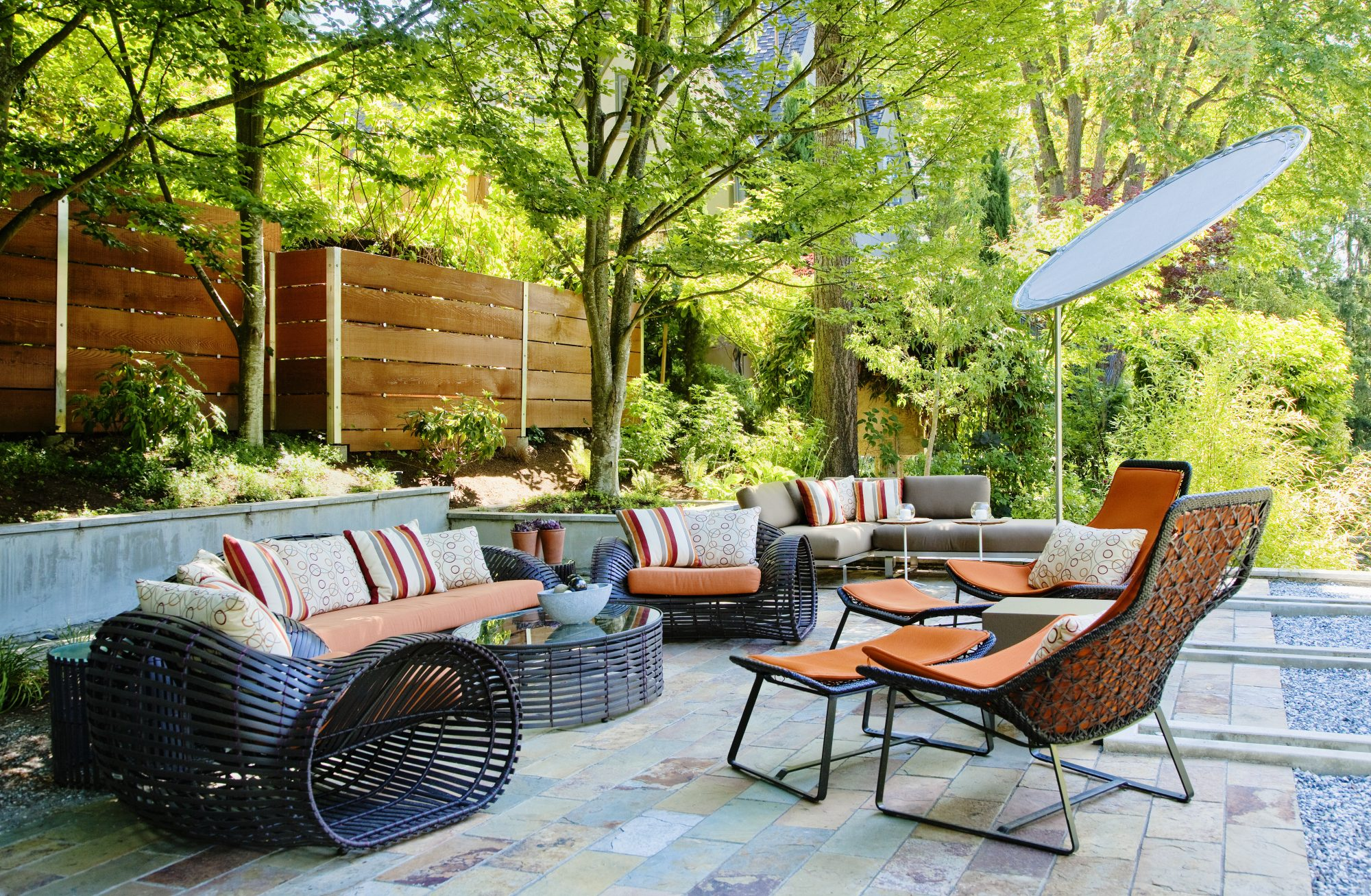 outdoor patio furniture by pool