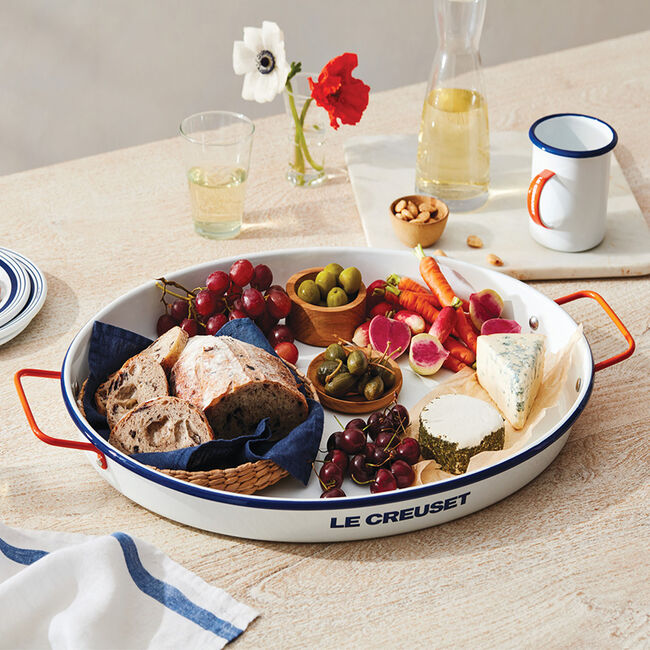 le creuset Everyday Enamelware Serving Tray