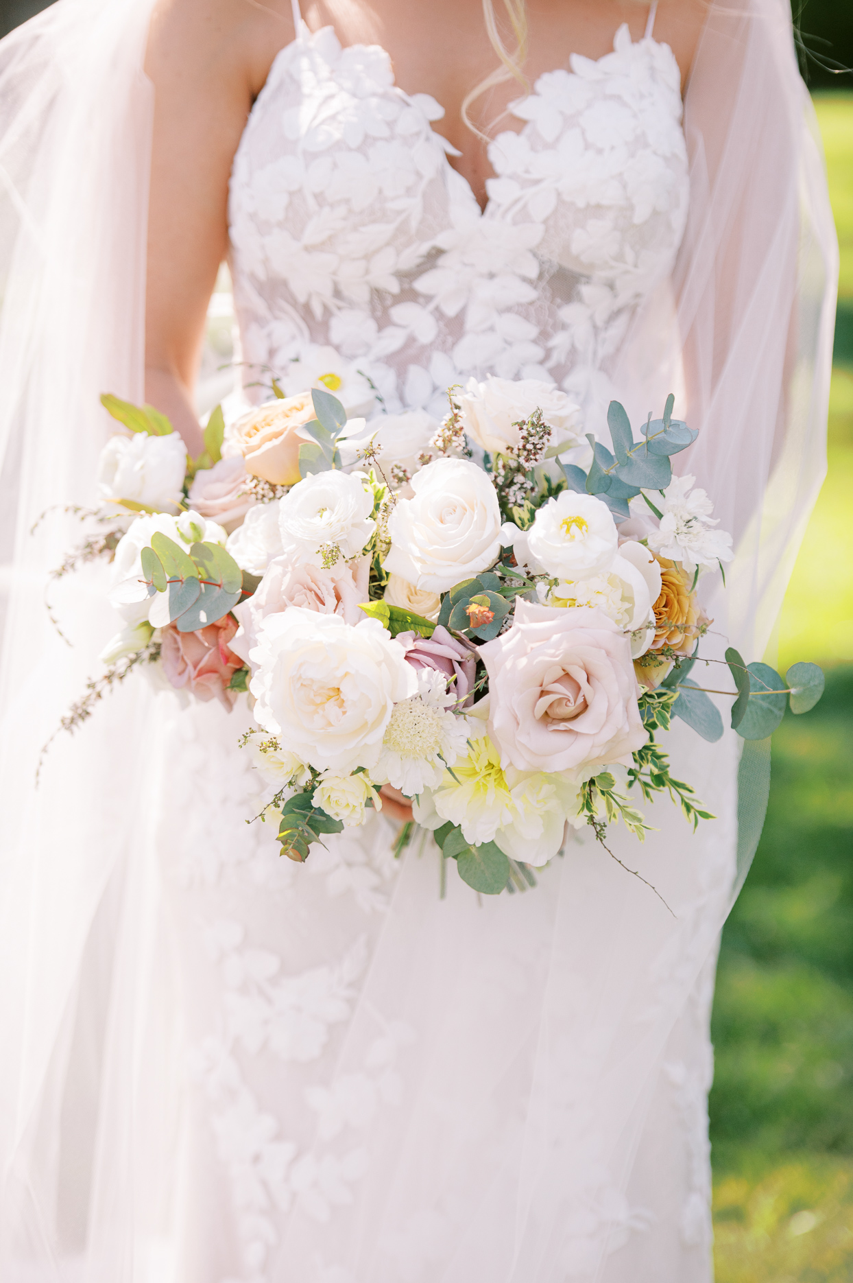 bride bouquet with pinks and warm colors