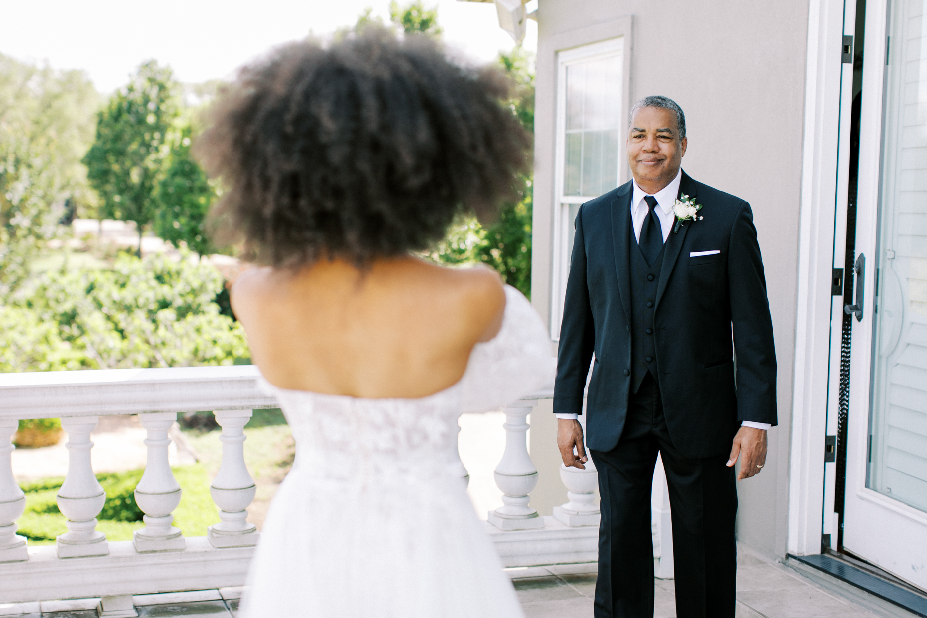 father of the bride first look outside