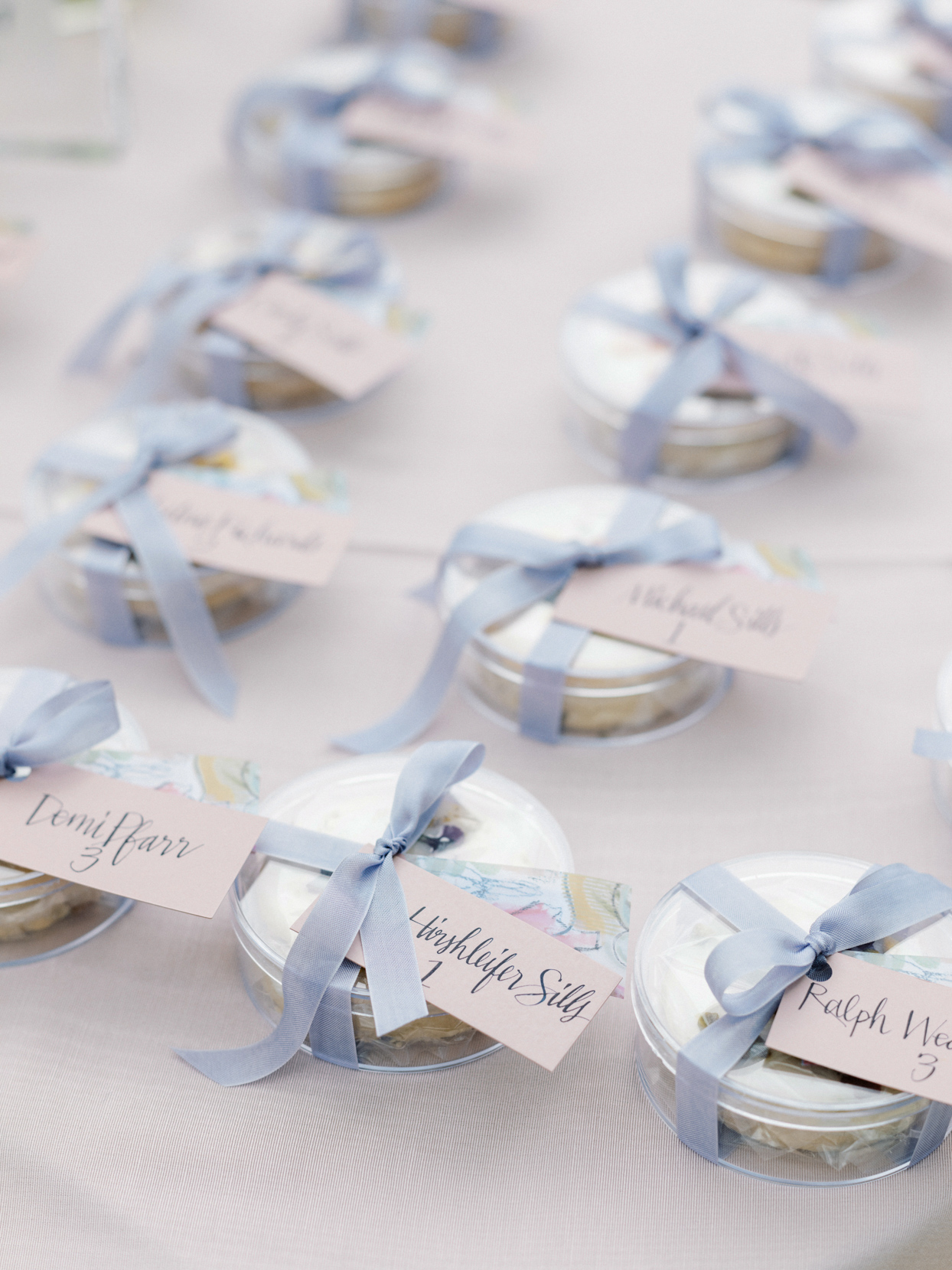 individually packaged cookies wedding ceremony place cards