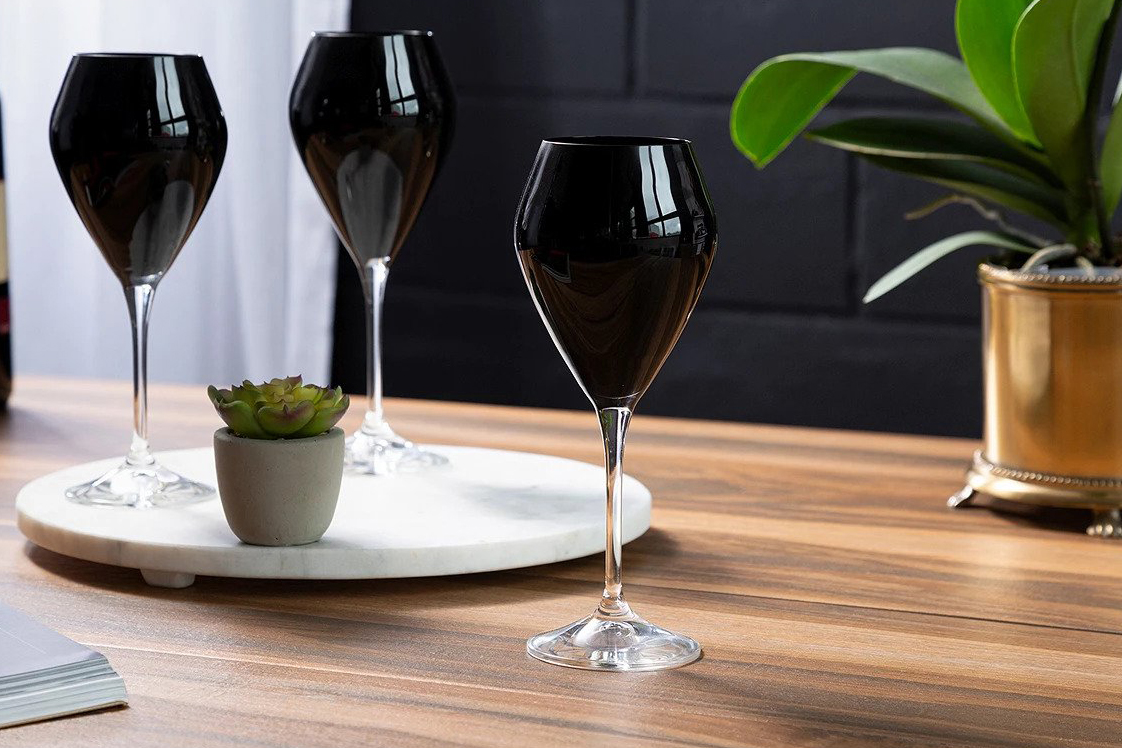 Classic Touch Water Glasses with Clear Stem