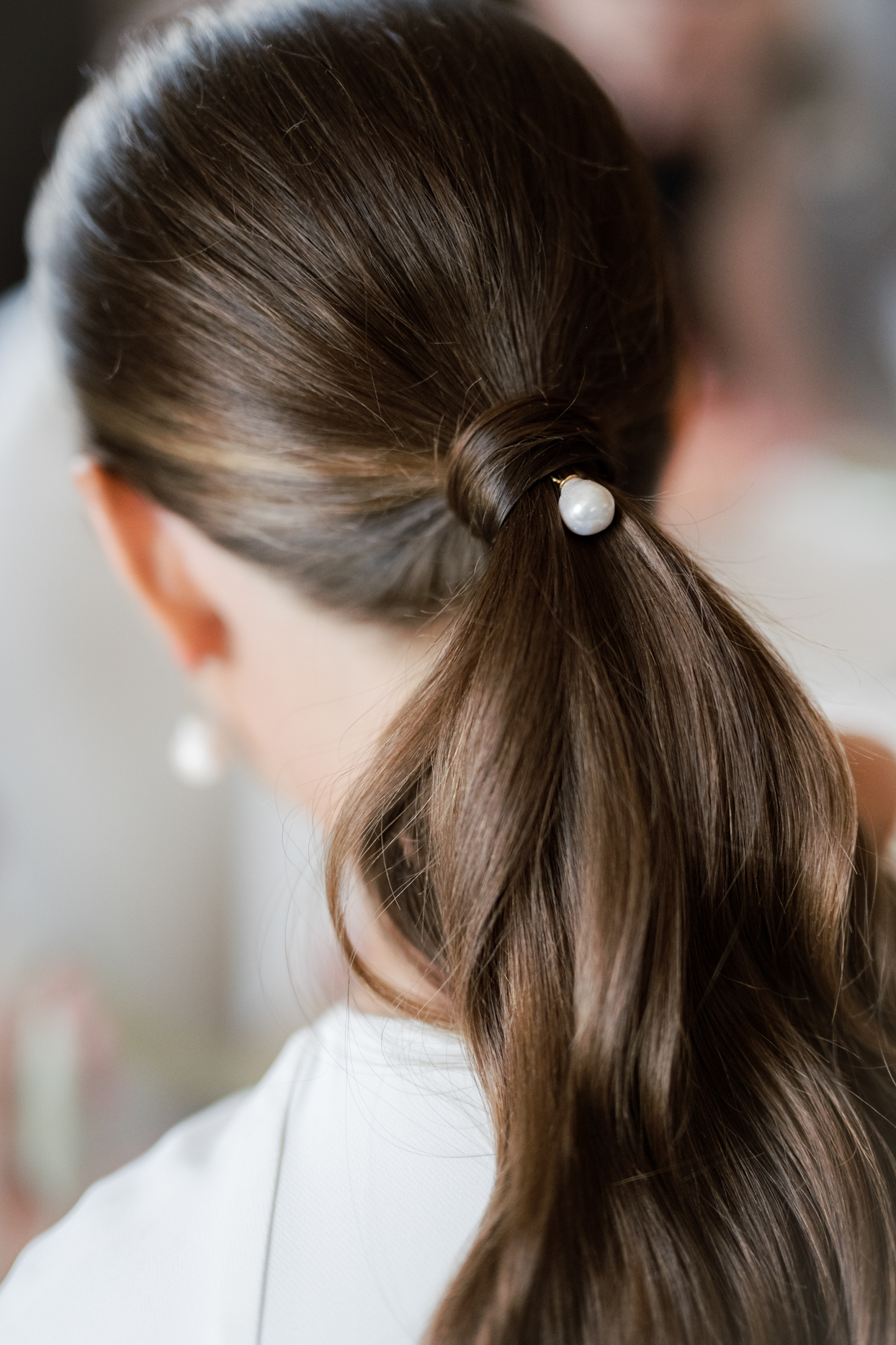bride's pearl hairpin