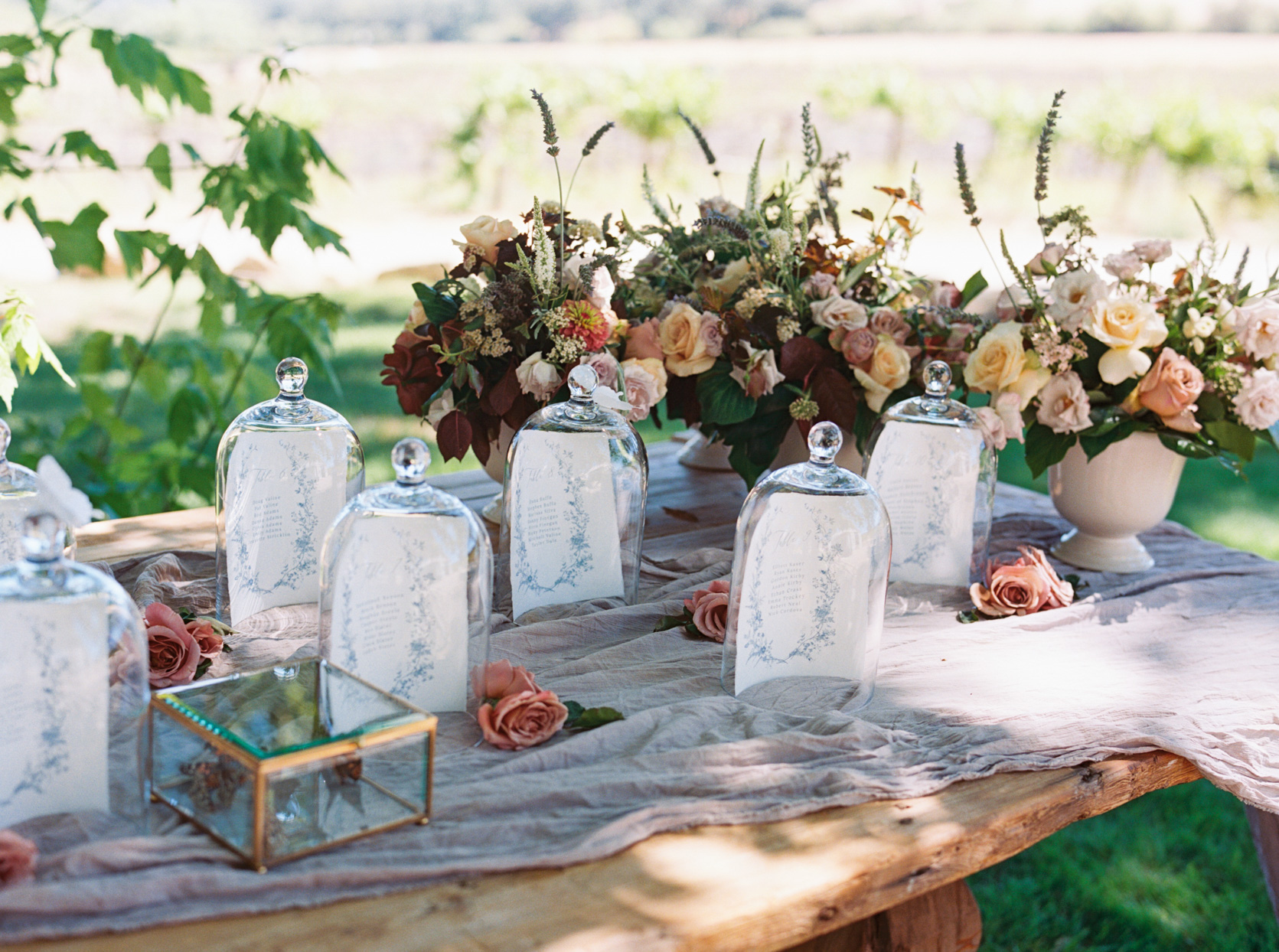 cloches on escort table