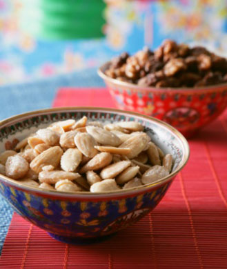 salted-nuts-329
