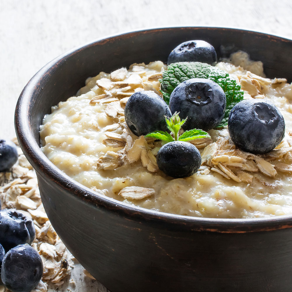 Blueberry Flax Oatmeal with Walnuts