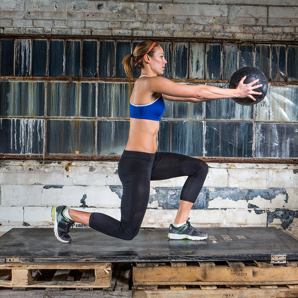 13 Lunge Variations That Work Every Angle of Your Lower Body