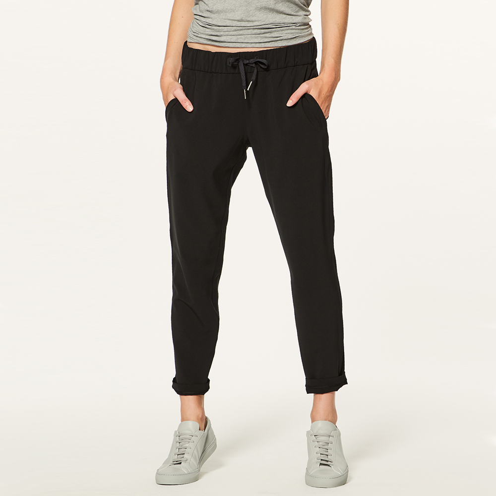 Clothes: Lululemon 'On the Fly' Pant