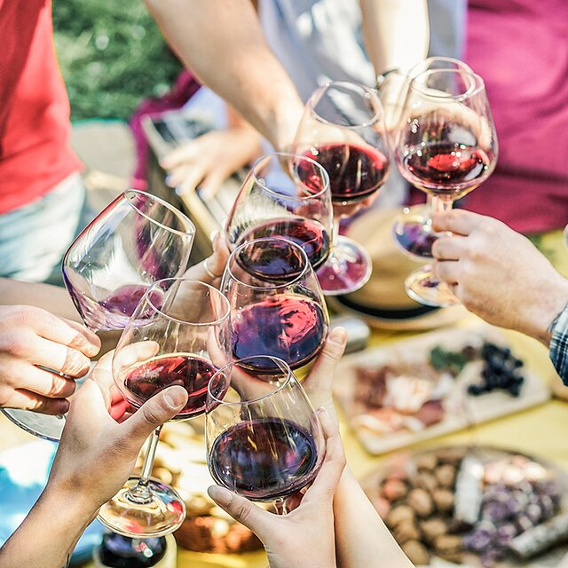 How to Buy Keto-Friendly and Low-Carb Wines (Plus 5 to Try) | Shape