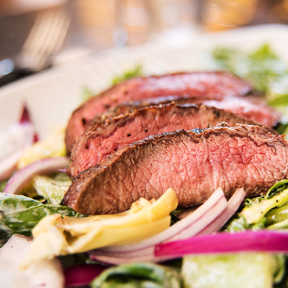 paleo clean eating diet mean steak salad