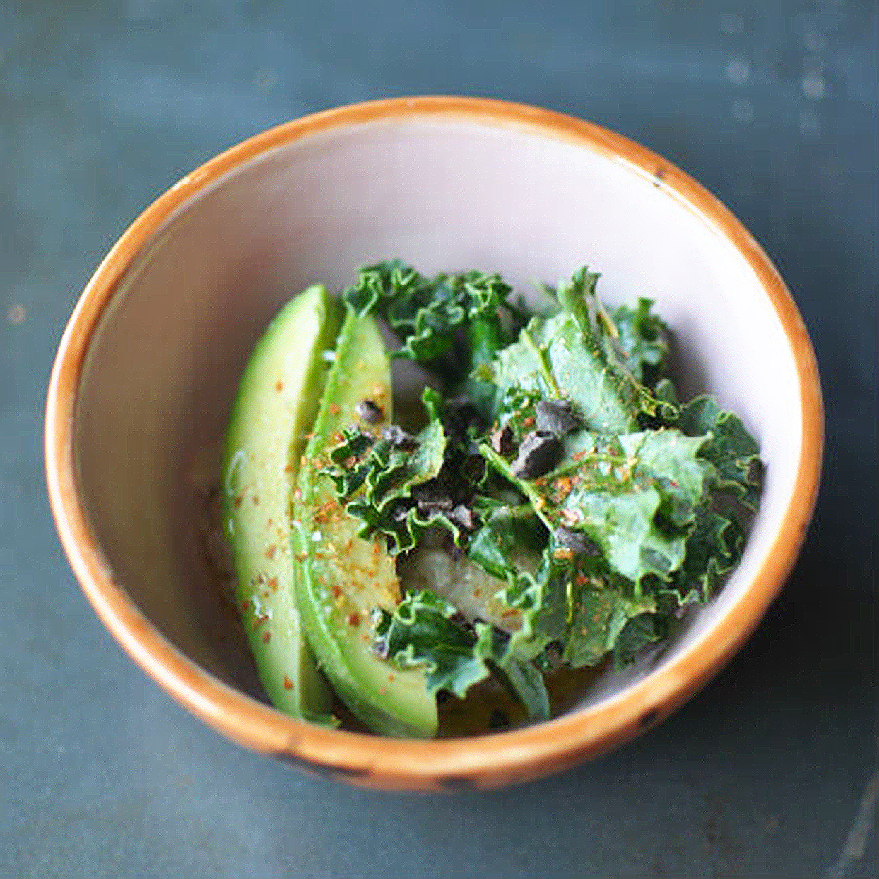Oatmeal with Avocado and Kale