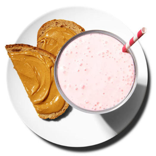 Raspberry-banana smoothie with peanut butter toast