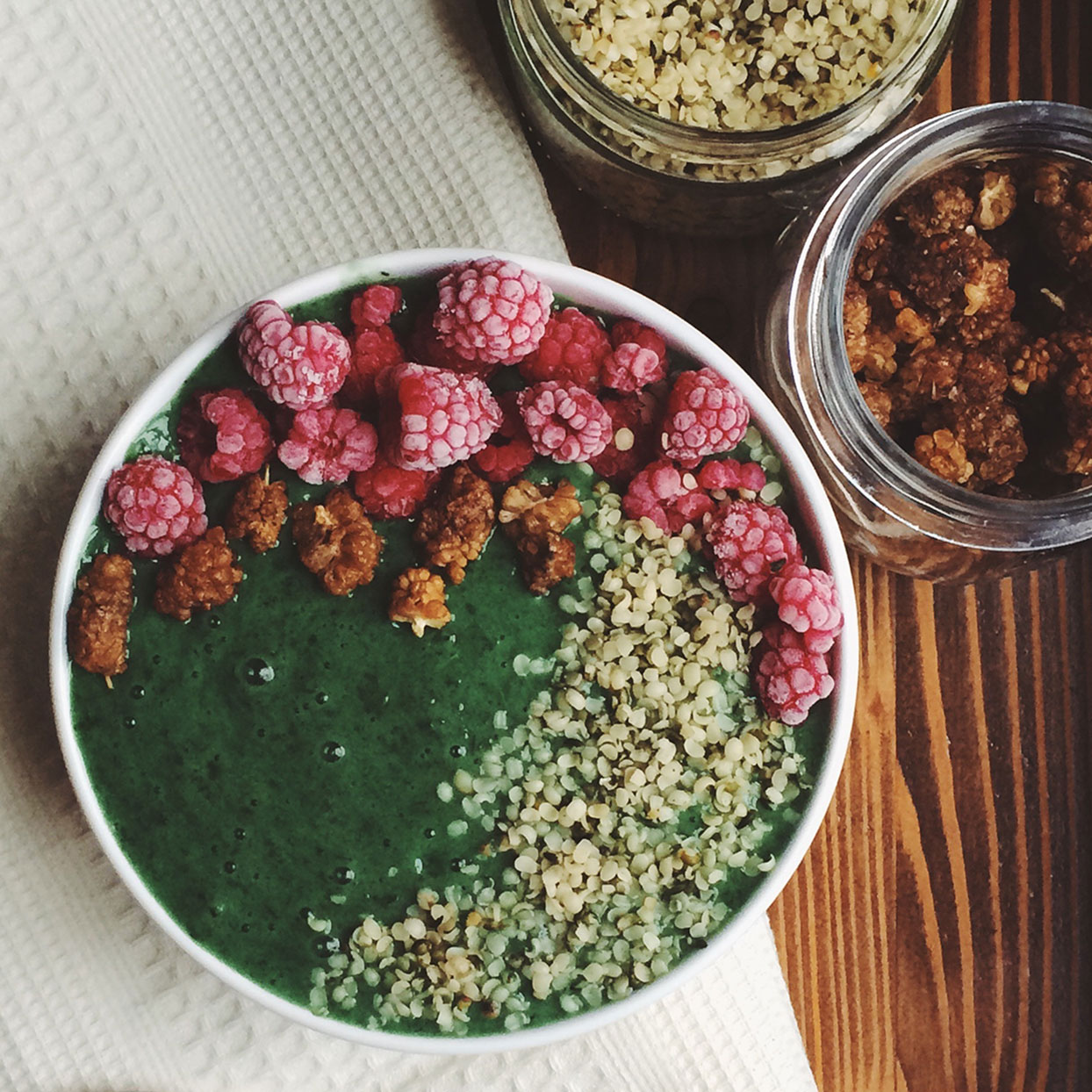 healthy-green-smoothie-bowl-recipe