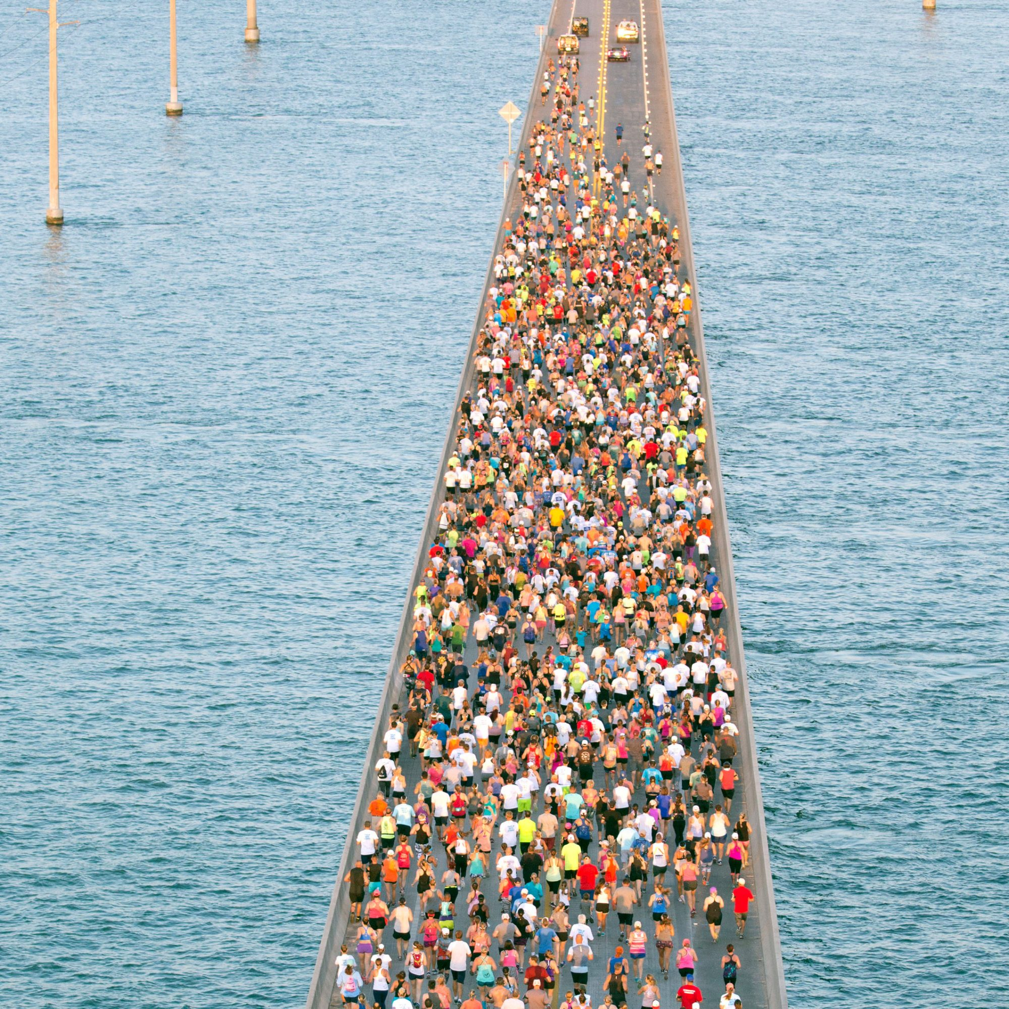 View_Of_Marathon_on_Bridge_Over_Water