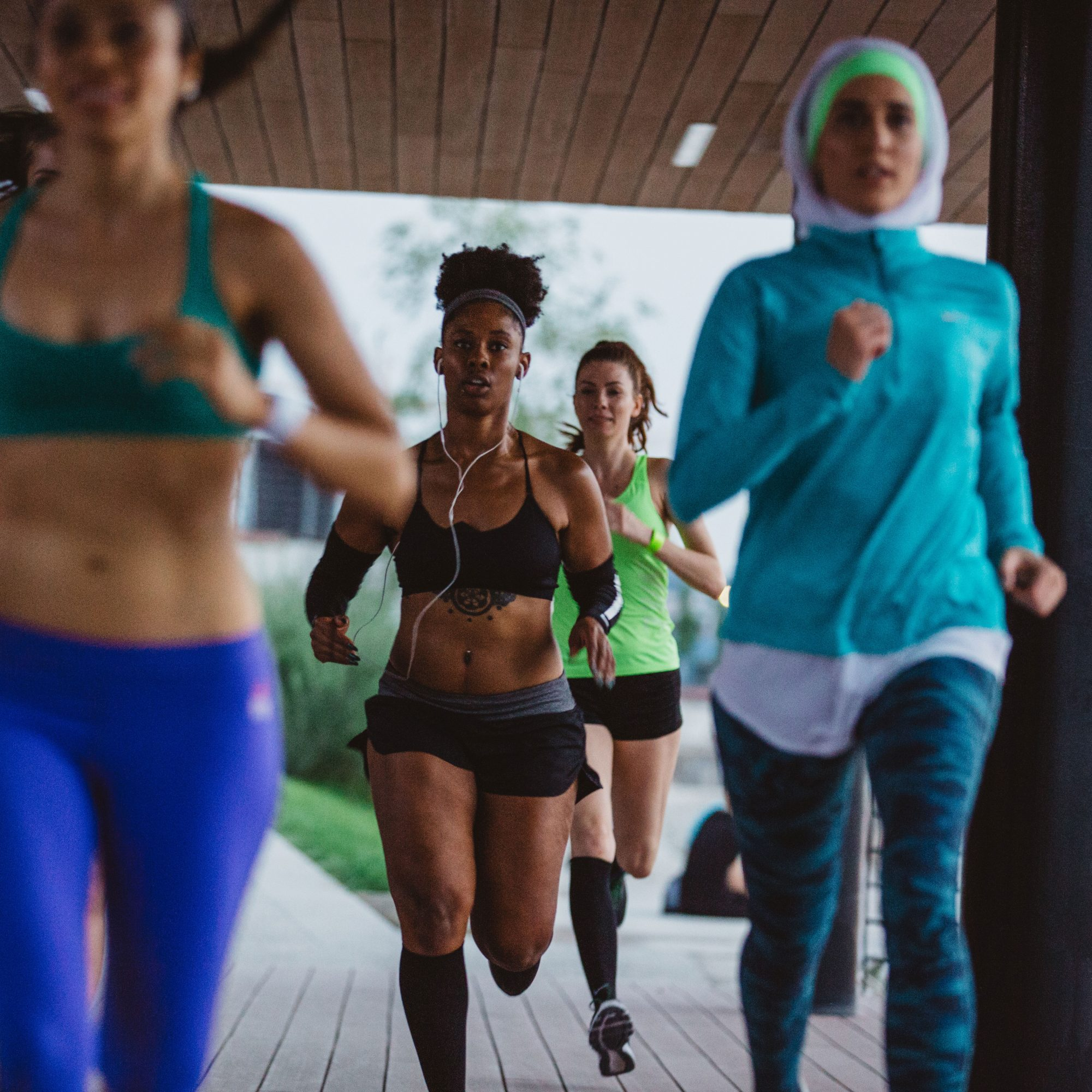 Group_Of_Women_Running