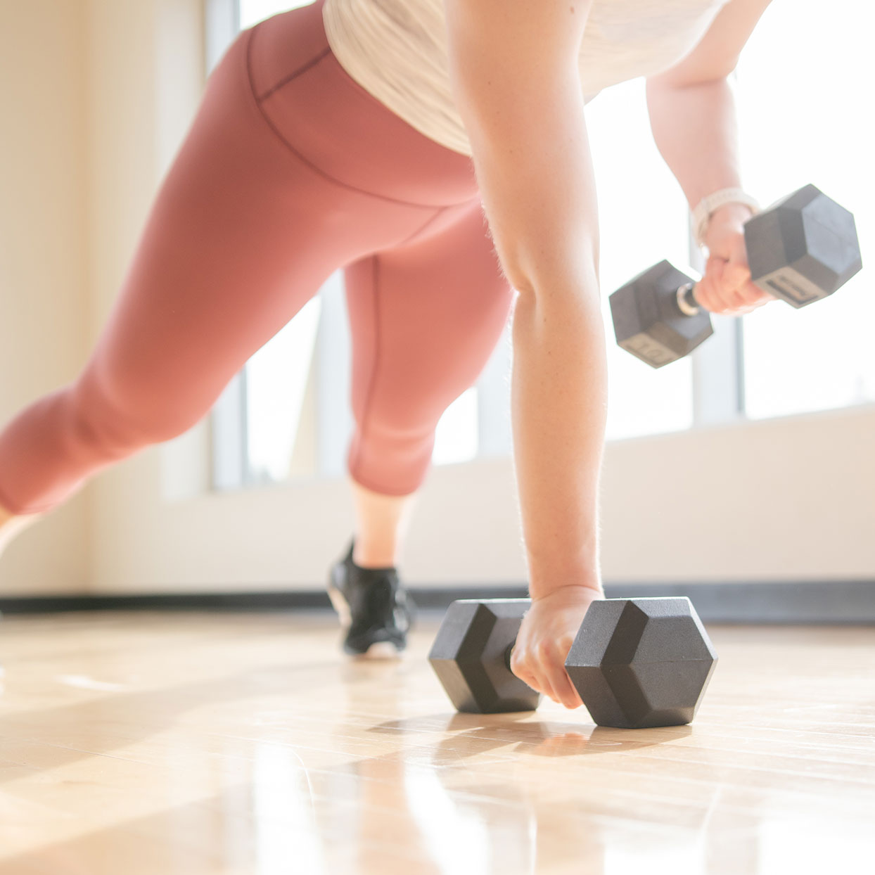 dumbbells-emom-cardio-strength-workout