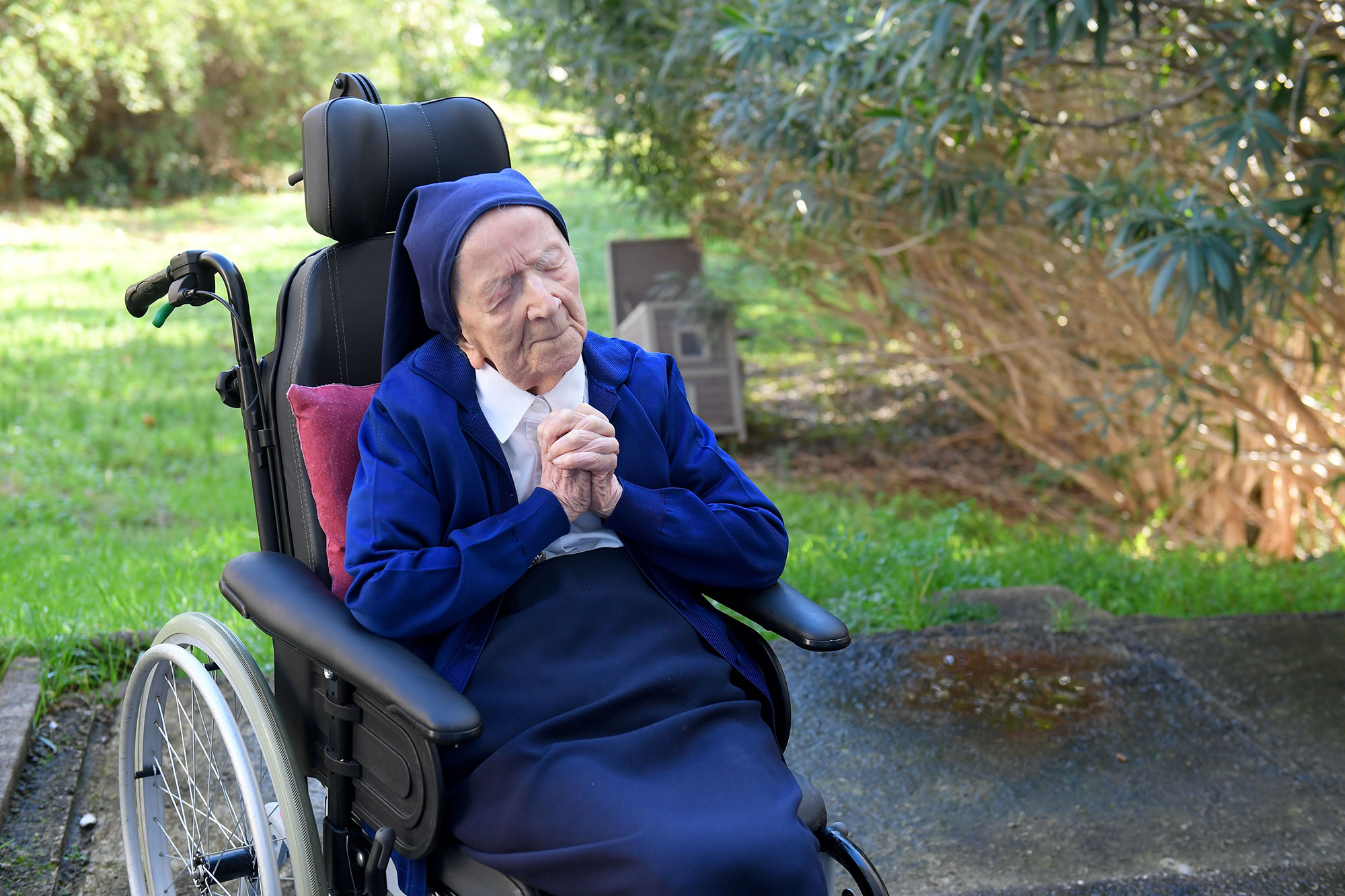 Sister André, the second oldest person