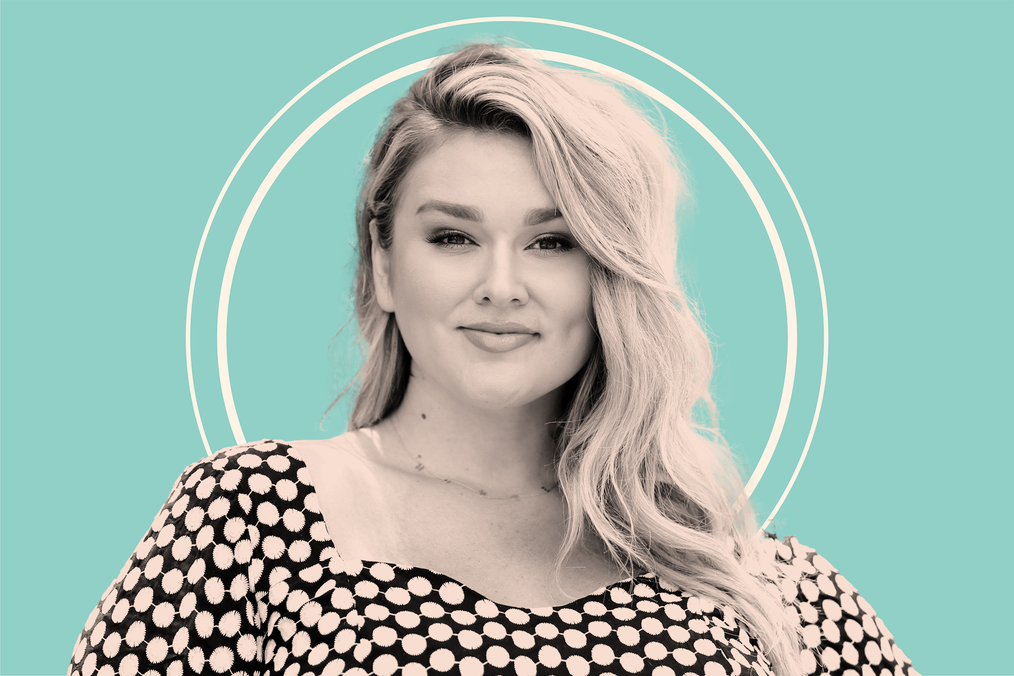 Hunter McGrady Called Out the Lack of Representation for Curvy Pregnant Women