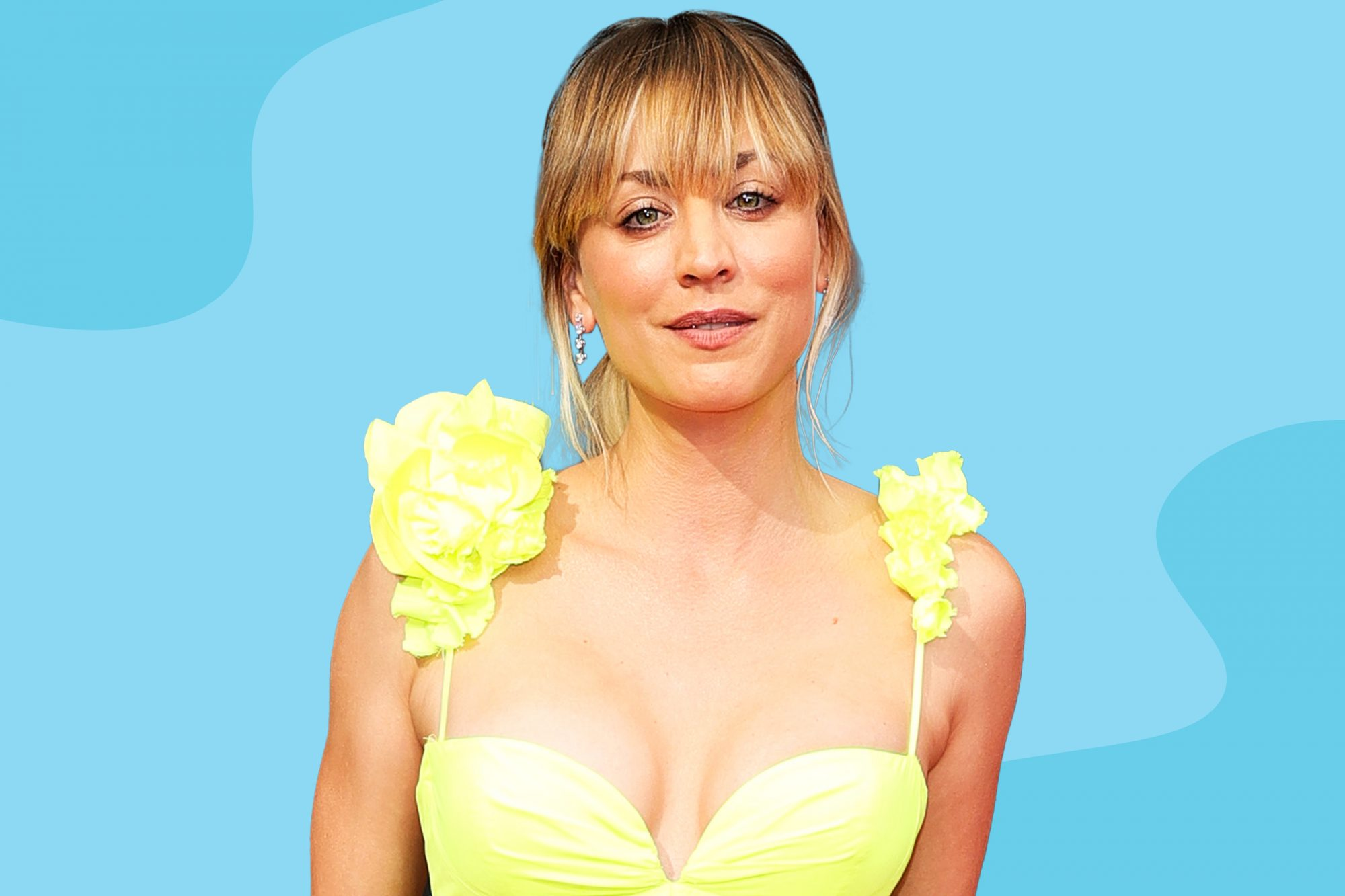 Kaley-Cuoco-Changed-Into-These-Sleek-Neon-Sneakers-That-Perfectly-Matched-Her-Emmys-Gown-GettyImages-1341341437